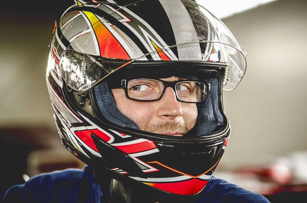Evitar que se empañen las gafas y visera del casco